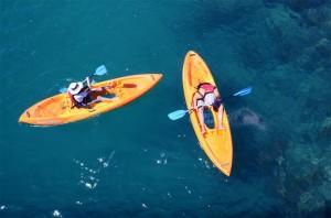 Easy-Kayaks-Explore-The-Reef-5-300x198.jpg